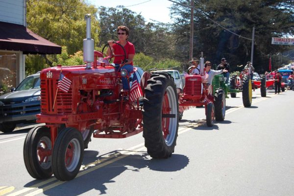 eoy2018-Red-Tractor